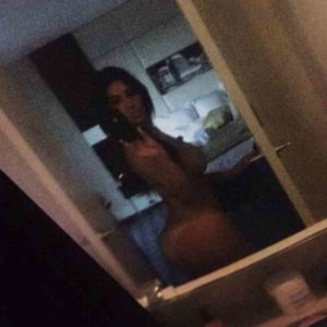 Kim Kardashian leaked nudes (4)