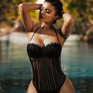 Kylie Jenner hot boobs